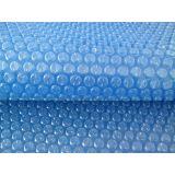 Embalagem plástico bolha azul no Jardim Silveira