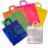 Lojas de embalagens tipo sacola no Jardim do Carmo