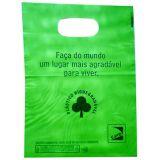 Sacola plástica biodegradável verde na Vila Deodoro